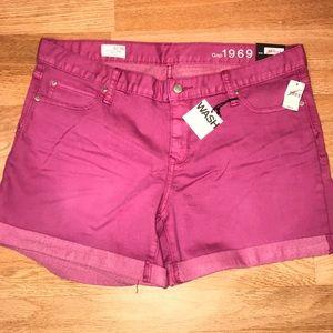 """Gap """"sexy boyfriend shorts"""